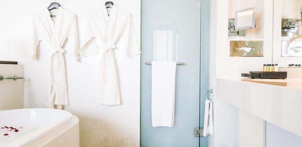 Beautiful luxury white bathtub decoration in bathroom interior - Vintage light Filter